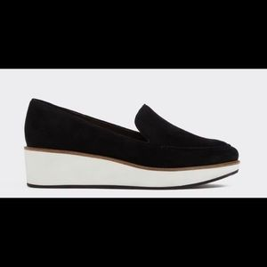 ALDO Nydaedda black suede loafer size 6